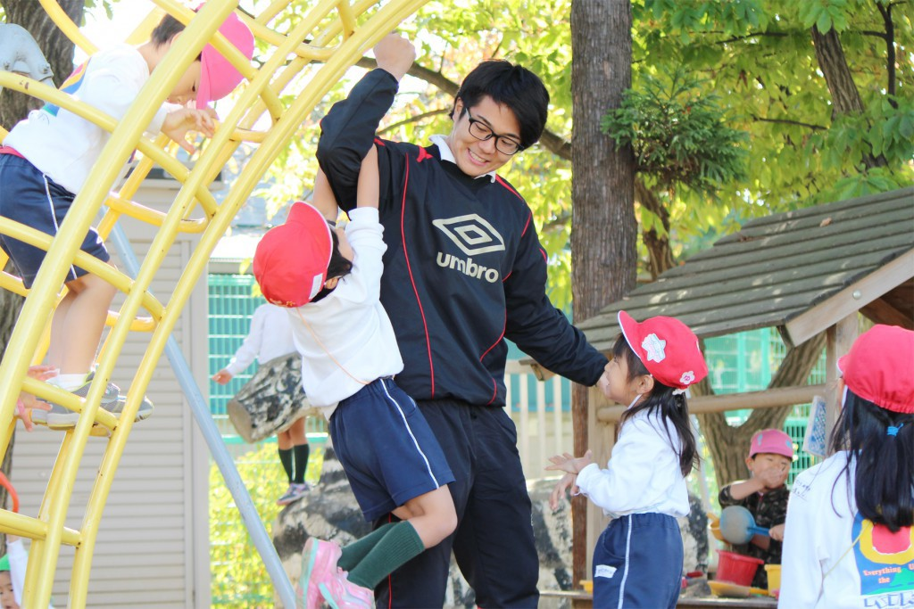 梨花幼稚園の先生1