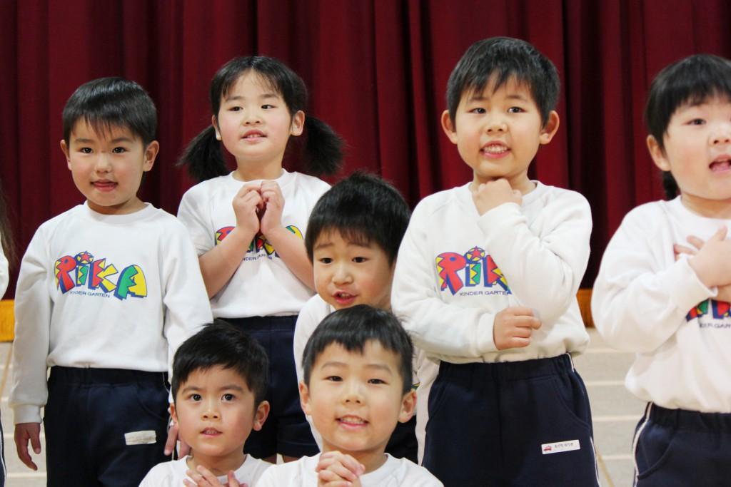梨花幼稚園の園児たち3